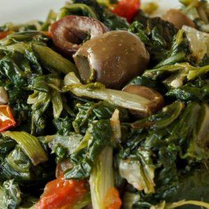 Bieta al vapore con olive piccanti