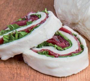 Rotolo di mozzarella farcito 500 gr