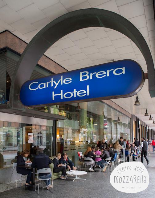"""""""Making Mozzarella"""" al Carlyle in Brera a Milano"""